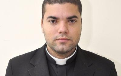 Padre Rosalvo Marcelino dos Humildes Júnior